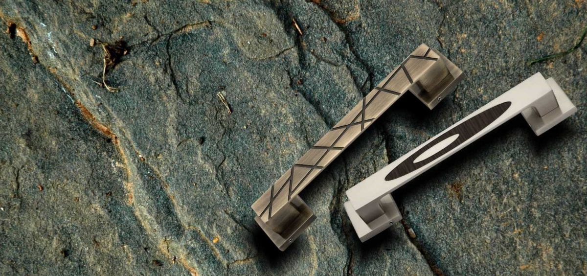 zinc pull handle